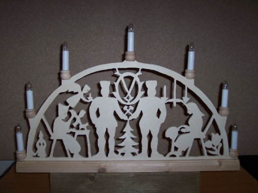 Laubsägearbeiten: Bild zum Thema Lichterbögen   Bild: Lichterbogen007.jpg